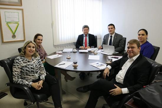 Nova diretoria realiza primeira reunião da gestão 2019/2021