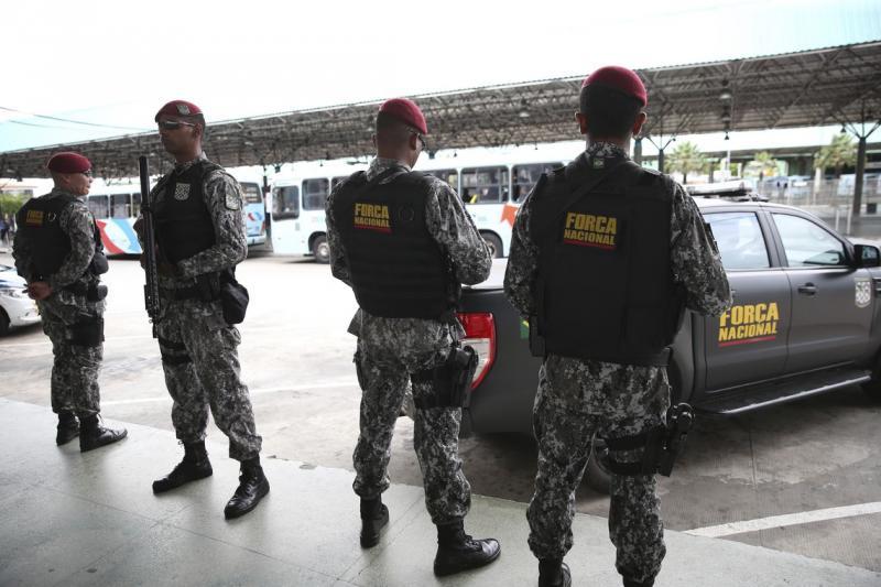 Ceará transfere chefes de facções para presídios federais