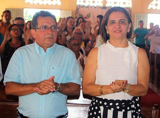 Prefeito Genival Bezerra autoriza bônus de R$ 600,00 para professores