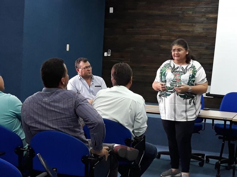 Paralisação de obras inacabadas em Picos gera discussão