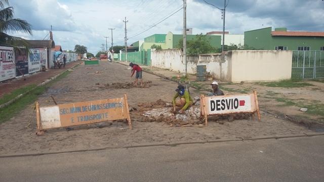 Prefeitura e Secretaria de Obras intensificam consertos de caçamentos