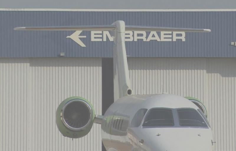 Presidente Bolsonaro autoriza fusão entre Embraer e Boeing