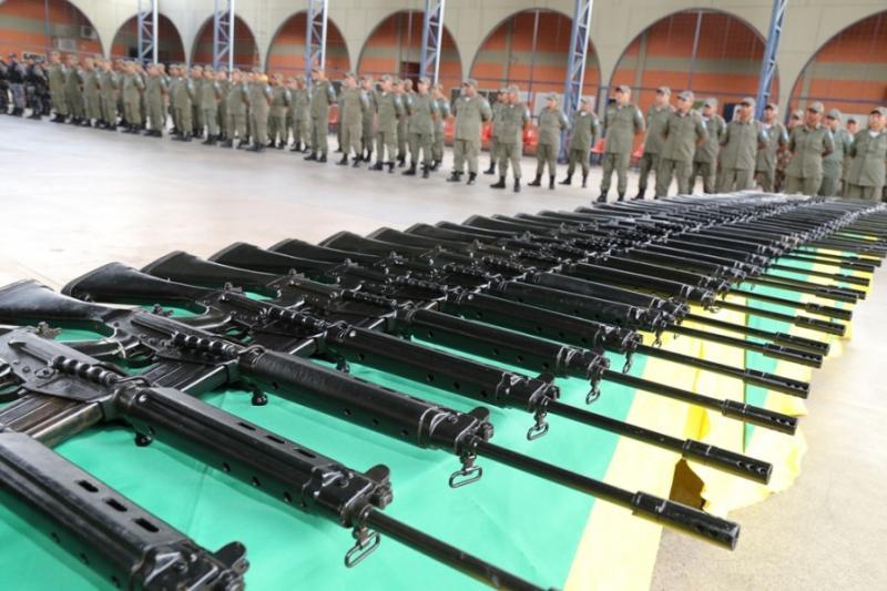 Polícia Militar do Piauí recebe fuzis e coletes balísticos