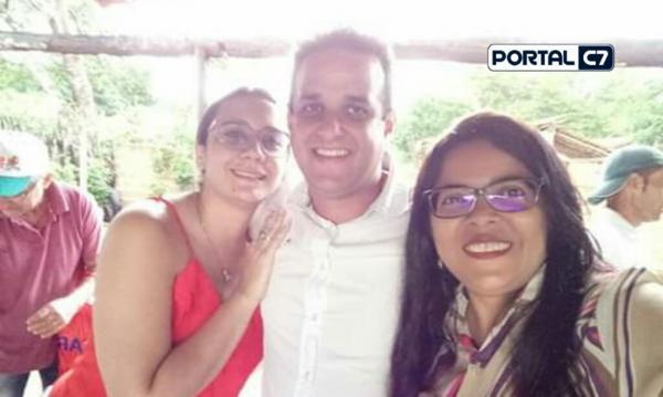 Prefeito Diego Teixeira participa de amigo oculto na Comunidade Caldeirão