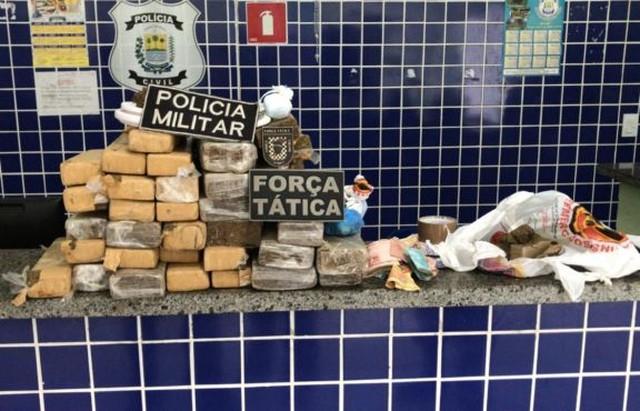 Trio é preso com quase 30 kg de drogas no Piauí