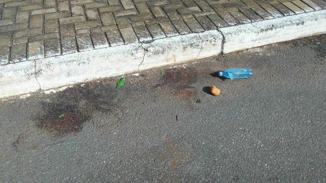 Cabeça humana é achada em calçada de shopping