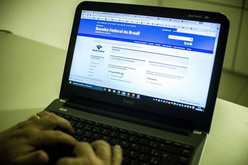 Receita abre consulta a restituição do IR de 2008 a 2018