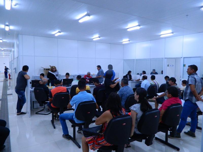Detran de Picos funciona parcialmente no Piauí Shopping