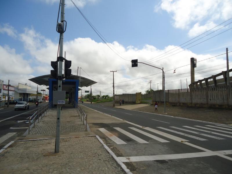 Semáforos para pedestres na Gil Martins serão ligados nesta quarta