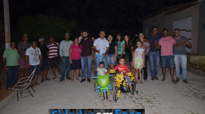 Moradores promovem churrasco e agradecem prefeito por benefício