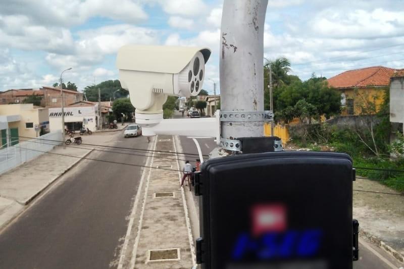 Prefeitura de Piracuruca inicia instalação de câmeras de monitoramento