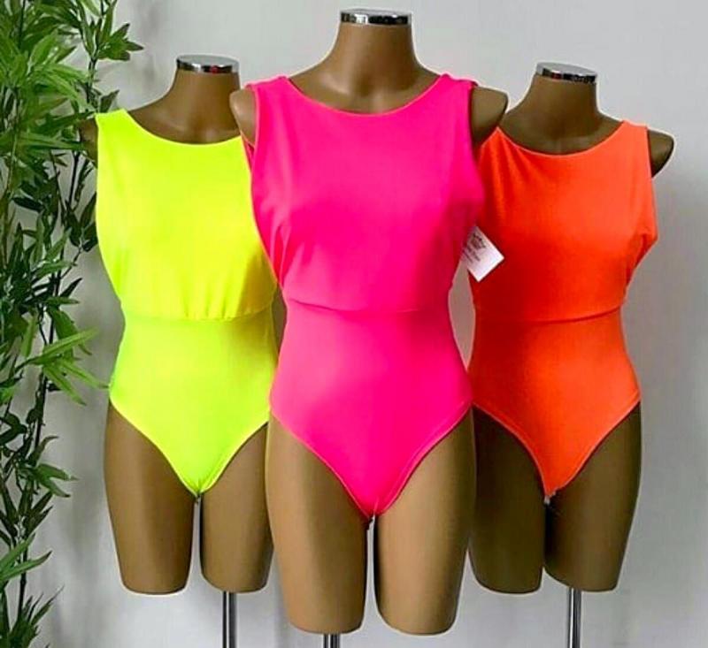 Neon: cores vibrantes são aposta máxima para o verão