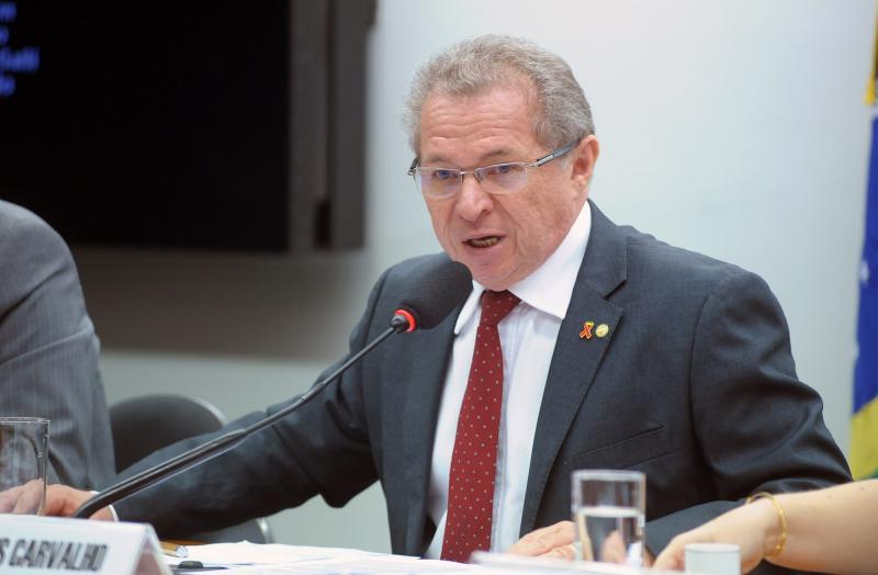 TRF julgará ação contra Assis Carvalho em fevereiro