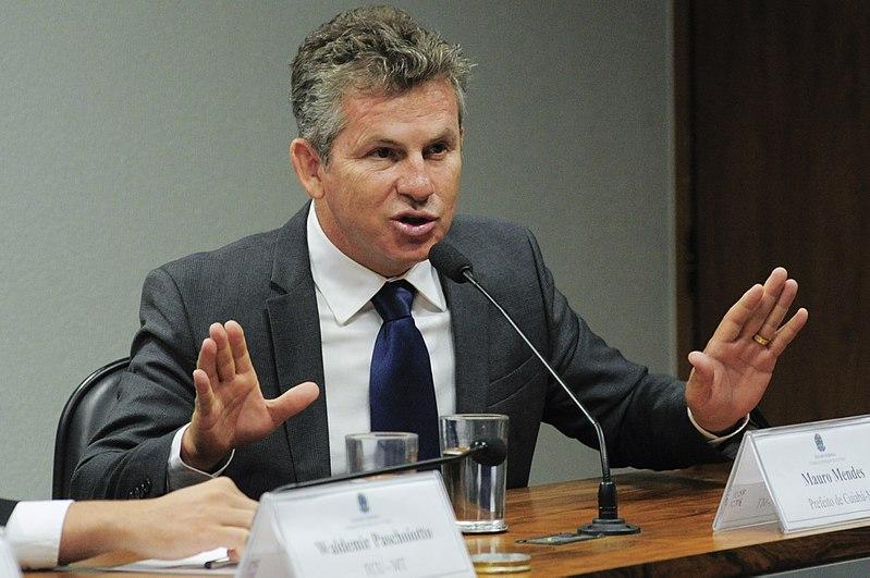 Governador decreta estado de calamidade financeira no 17º dia de gestão