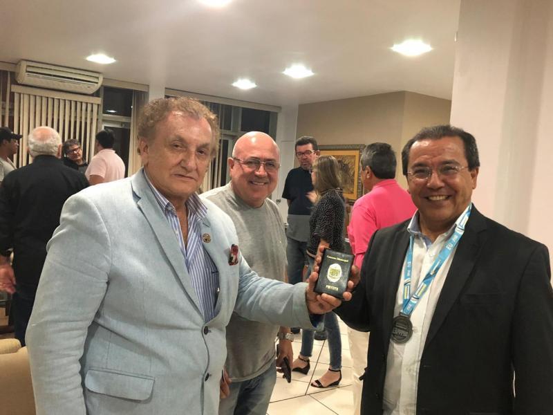 Prefeitura de Parnaíba se filia à APPM e concede honraria a presidente