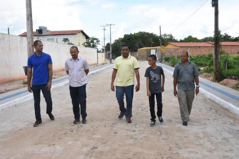 Pavimentação poliédrica da Av. Petrônio Portela será entregue nesta segunda