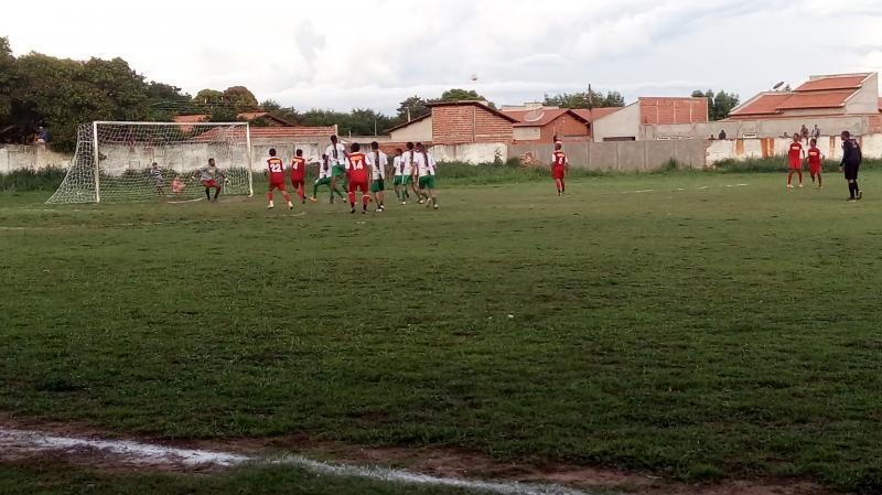 Resultado de Veteranos e Lagoa Vermelha pelo campeonato de São Gonçalo-PÍ.