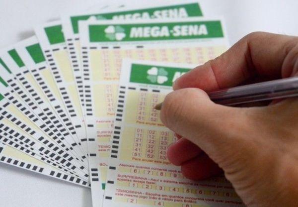 Mega-Sena acumula de novo e pode pagar R$ 38 milhões