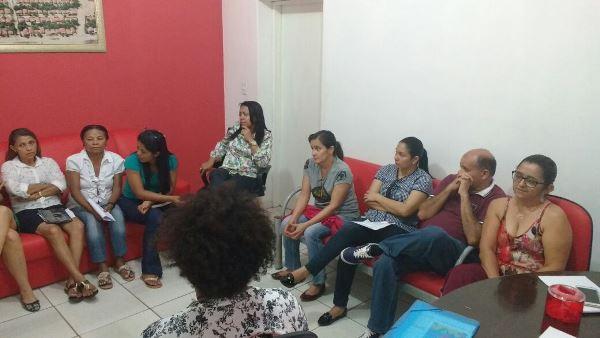 Roda de conversa colônia para as juventudes