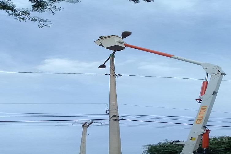 Fumipi repassa recursos em obras de iluminação pública de Picos