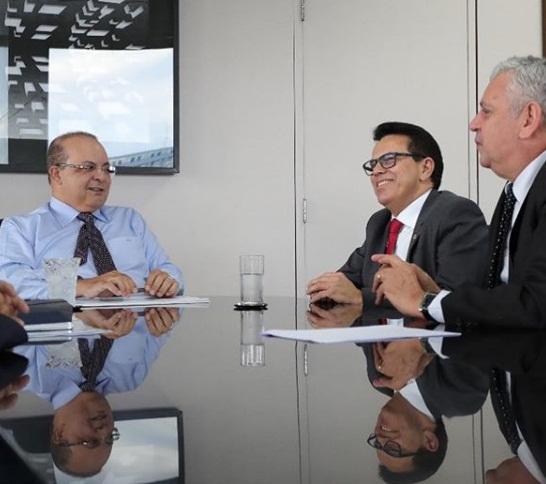 Zé Santana se reúne com governador do DF, Ibaneis Rocha