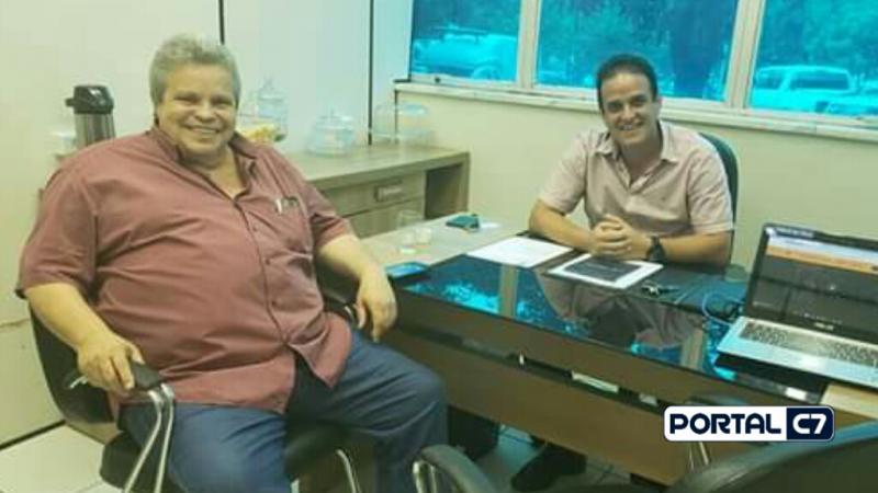 Prefeito Diego Teixeira de Amarante recebe visitas na sede da Ampar; veja!