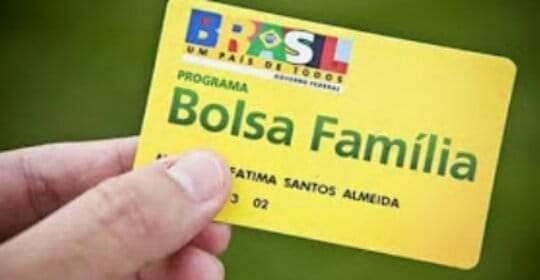 Mais de 380 mil benefícios do programa Bolsa Família são suspensos