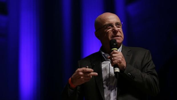 Governo quer vender subsidiárias de Petrobras, BB e Caixa, diz secretário