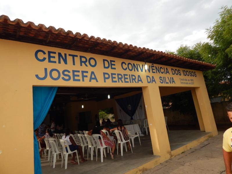 Prefeitura entrega clube do idoso novinho para os idosos