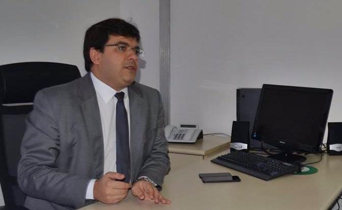 Governo garante pagamento do 13º de servidores do Piauí