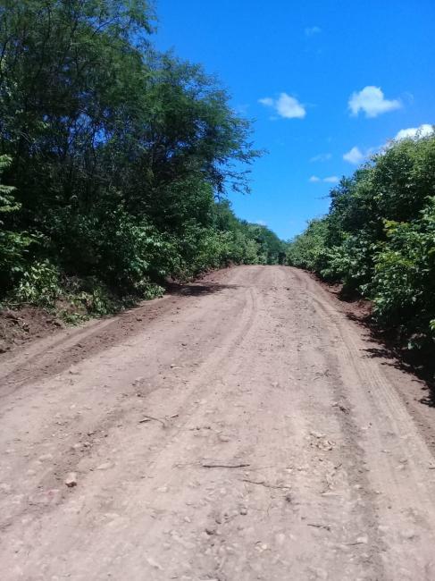Estradas vicinais recebem melhorias pela prefeitura de Monsenhor Gil