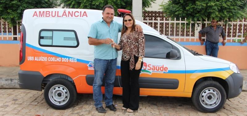 Prefeitura de Patos entrega nova ambulância para a UBS Aluízio Coelho