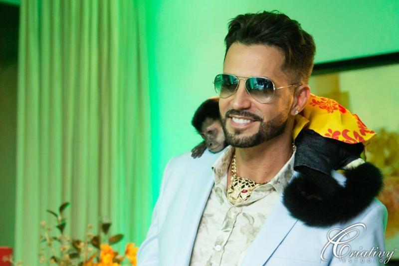 Justiça decreta prisão do cantor Latino por não pagar pensão alimentícia