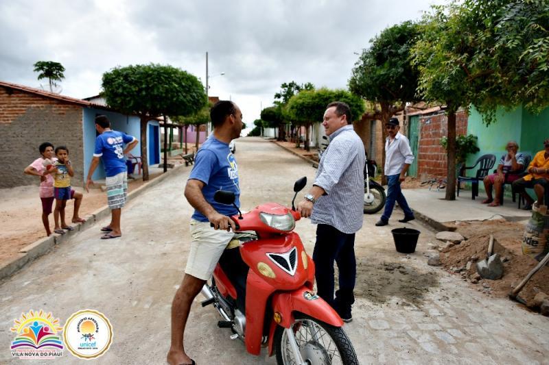 Prefeito de Vila Nova visitou obras de pavimentação no município