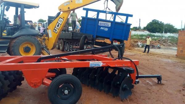 Prefeitura de Redenção do Gurgueia recebe equipamentos agrícolas