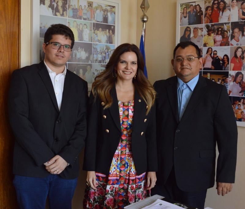 A Deputada Federal Iracema Portella, recebeu o Prefeito Léo Leite, no seu gabinete, em Brasília
