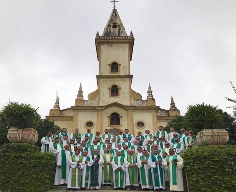 Retiro com bispo Dom Francisco e padres da diocese de Campo Maior-PI