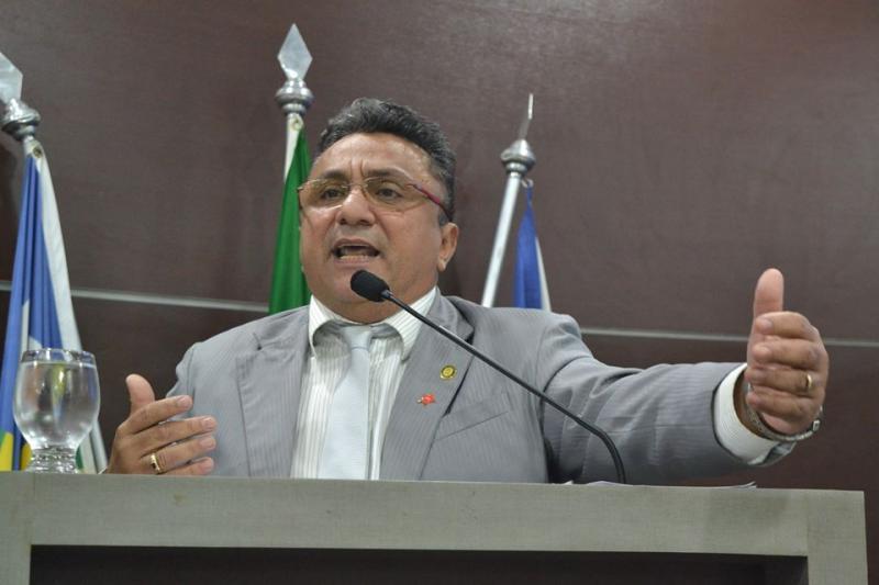 Dudu critica interferência em eleição da câmara e manda prefeito trabalhar