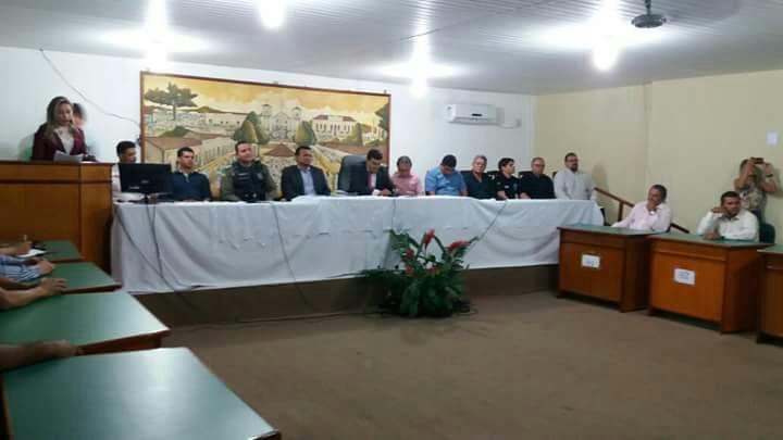Autoridades se reúnem em audiência para tratar da segurança em municípios