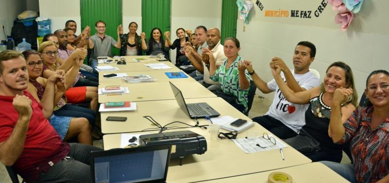 Educação prepara servidores para o início das aulas em Massapê