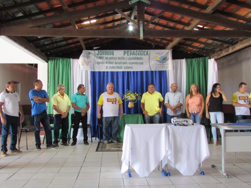 Dr. Alcione participa de Jornada pedagógica realizada pela Educação