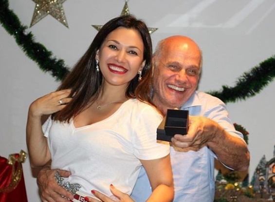 Mulher de Ricardo Boechat encontra aliança do marido e emociona internautas
