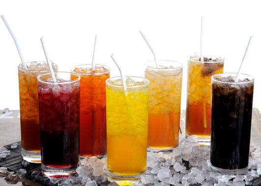 Beber esta bebida diariamente 'aumenta risco de morte por AVC'