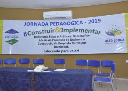 Jornada Pedagógica e reinício das aulas na rede municipal