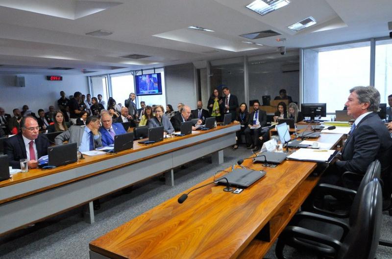Comissão vai debater concessão de porte de arma para servidores públicos