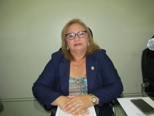 Vereadora Francineth Lima responsabiliza GETEL por problemas em fossas de nossa cidade