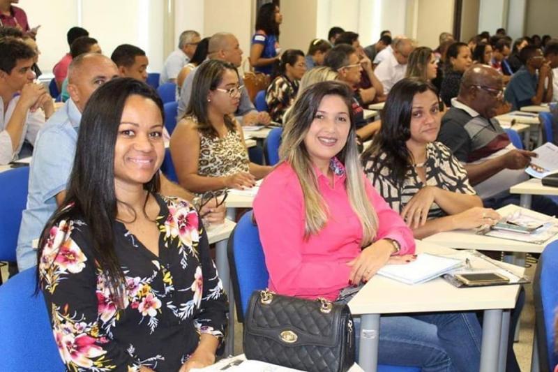 Equipe do Demerval Lobão Prev participa de seminário sobre RPPS