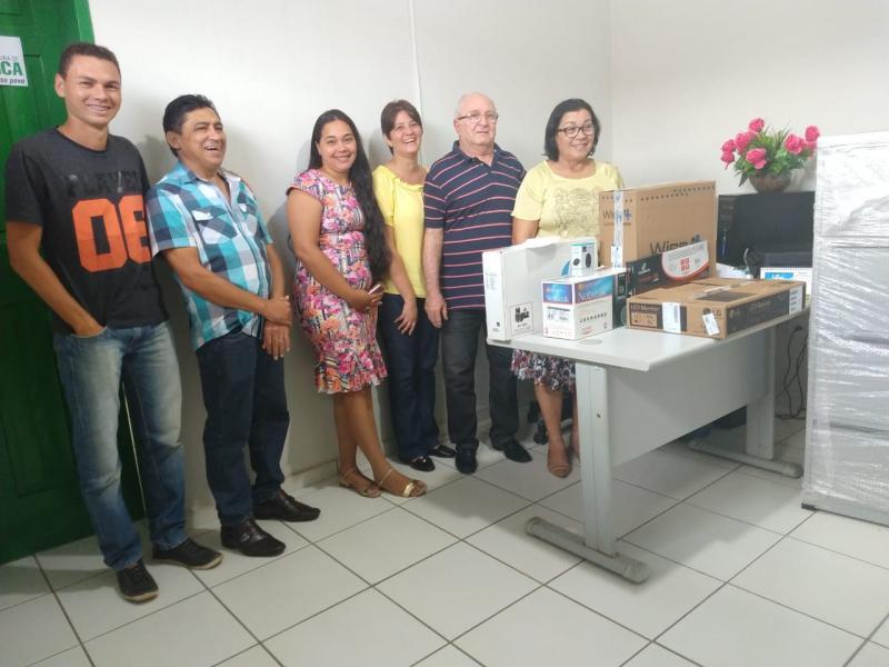 Prefeitura de Água Branca adquire equipamentos de informática