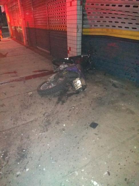 Soldado morre ao colidir contra poste em Timon