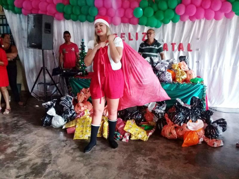 Casal de empresários promove festa para alunos da Escola Primavera em Santa Filomena